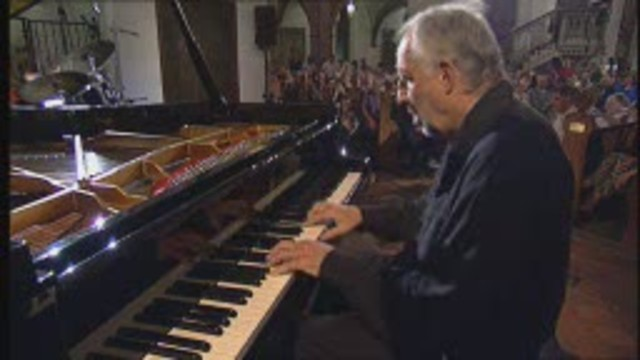 Jacques Loussier Trio plays Bach and more Video 3