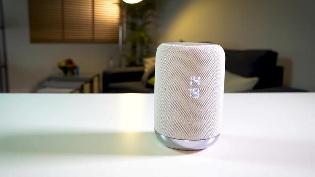 Sony - LF-S50G sprachgesteuerter intelligenter Lautsprecher Video 3
