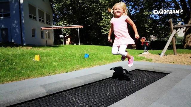 kids-tramp-track.mp4