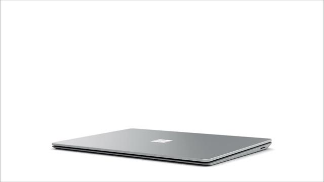Surface_Laptop_360 Video 23