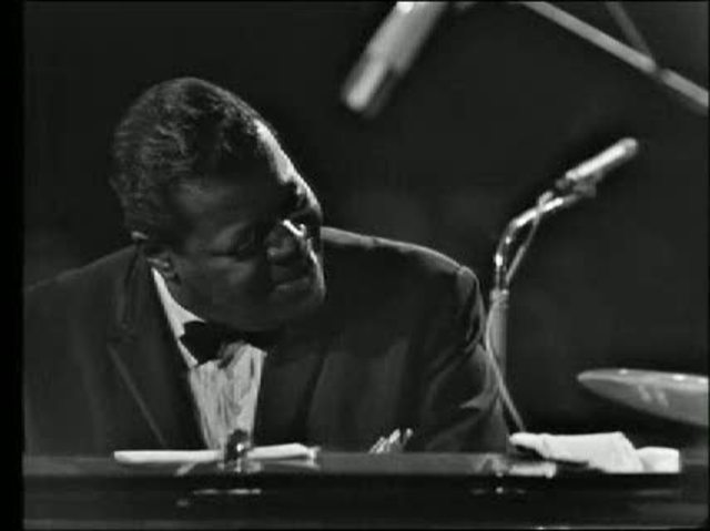 Oscar Peterson - Live in '63, '64 & '65 Video 2