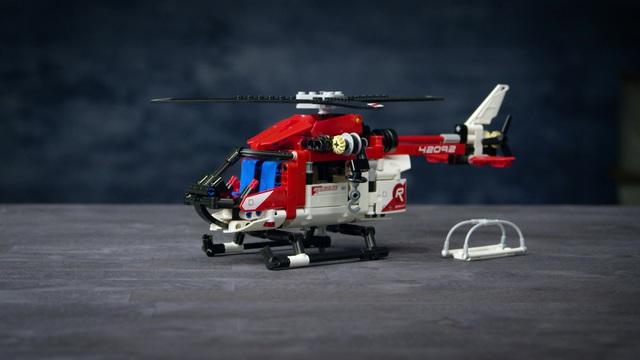 LEGO Technic - Rettungshubschrauber 42092 Video 3
