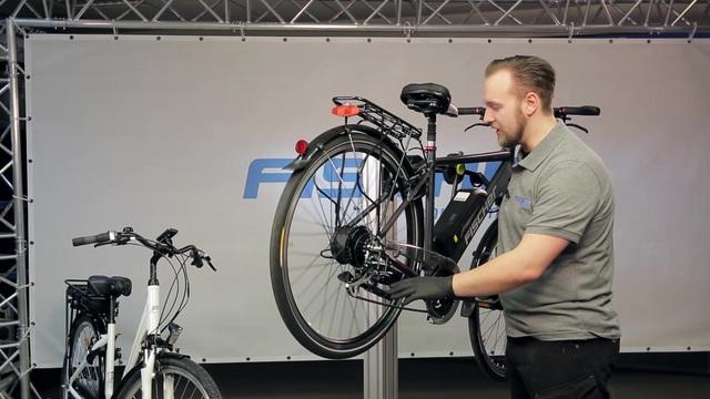 Fischer - Reparatur und Wartung - Ein-/Ausbau Vorder-/Hinterrad mit Motor Video 32